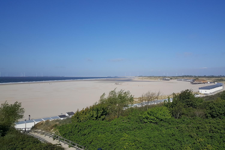 Breezand strand